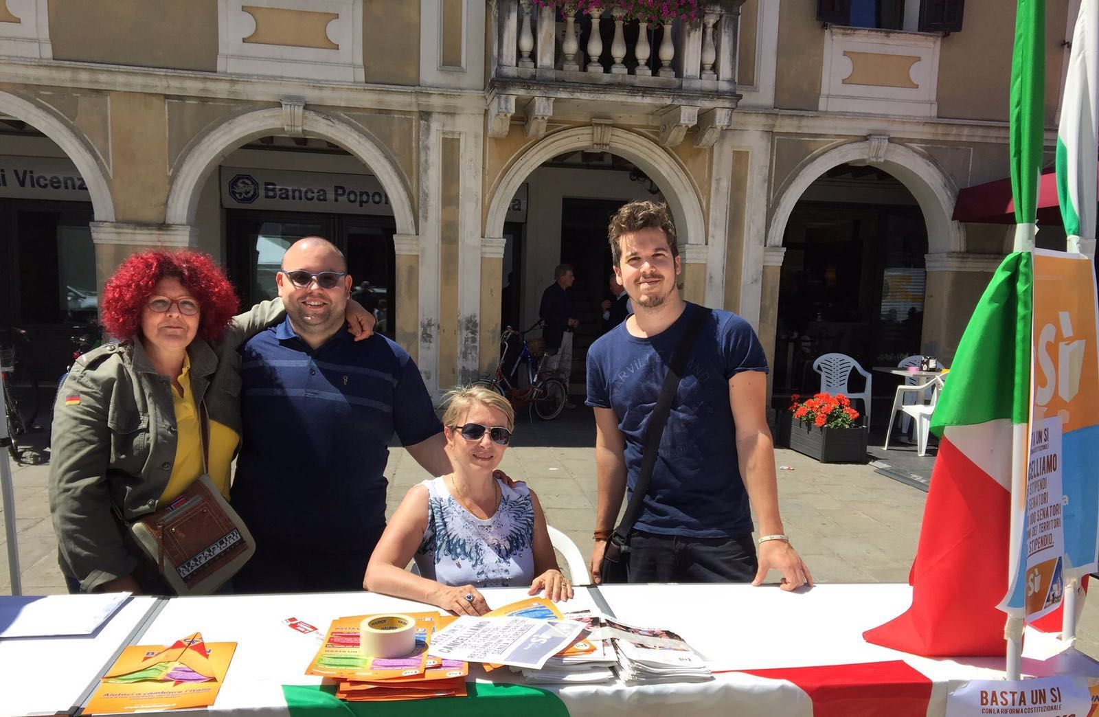 Badia Polesine c'è! continua la raccolta firme per il referendum #BASTA UN SI'